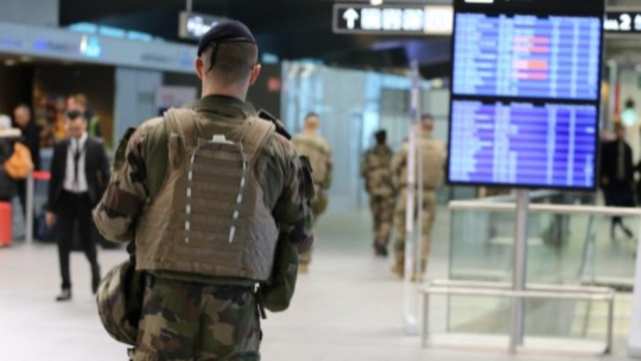 Lyon : 2kg de cocaïne interceptée à l'aéroport Saint-Exupéry !