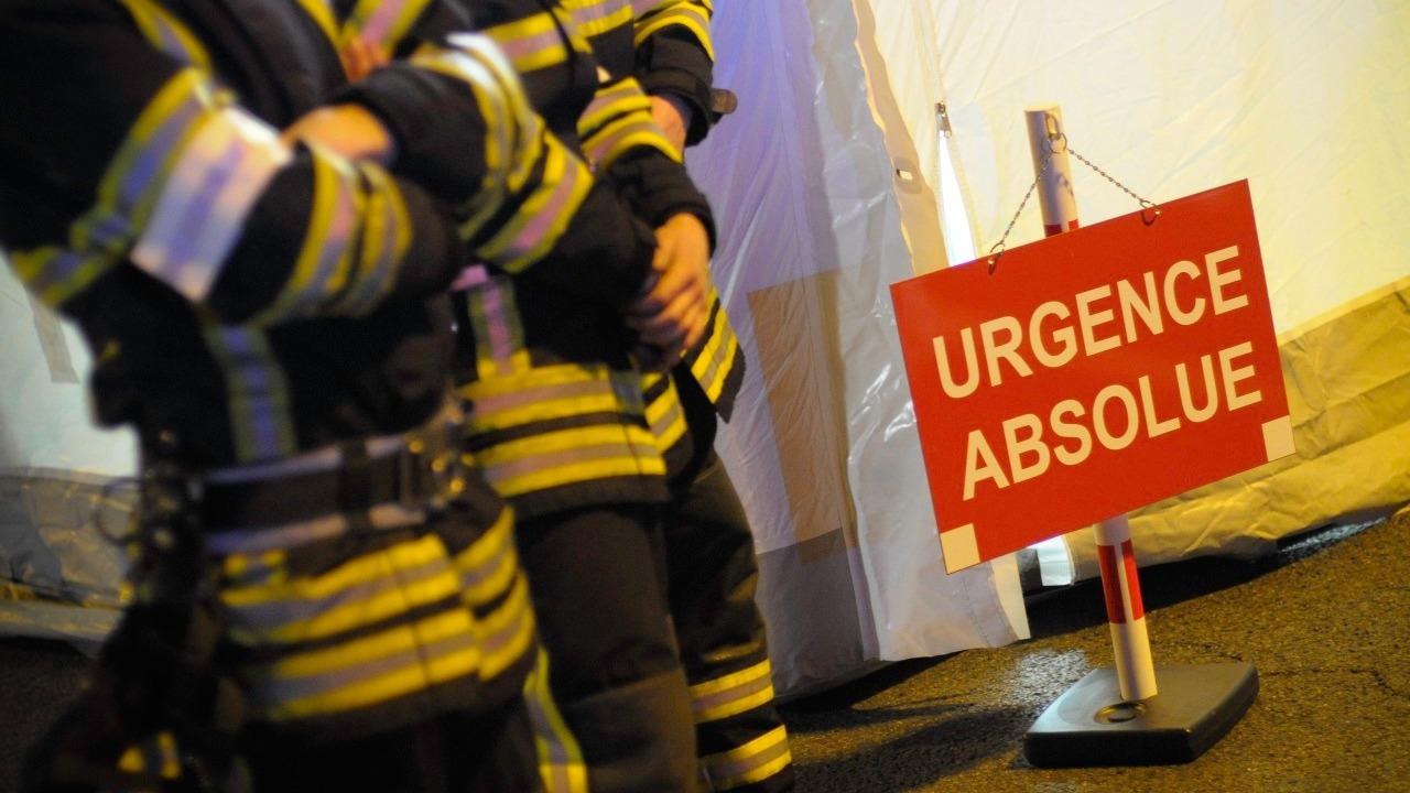 Rillieux-la-Pape : Des mineurs brûlent les ordures avant de s'en prendre à des pompiers.