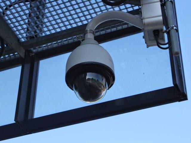 Saint Fons : ils tentent d'abattre le pilier d'une caméra de surveillance