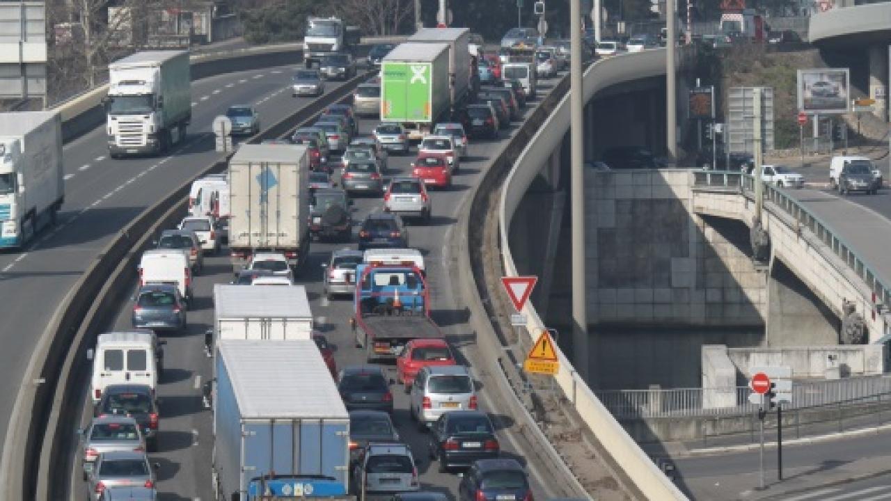 Bannissez le samedi sur les routes — Départ en vacances