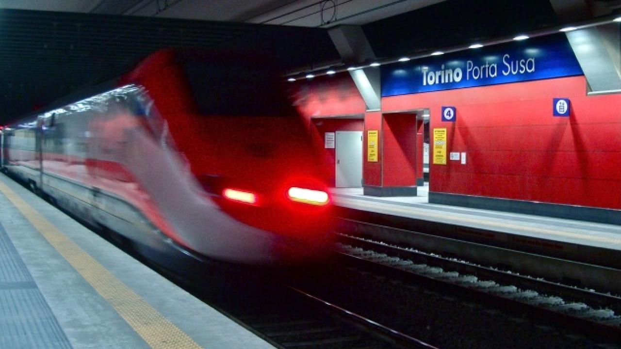 Ligne Lyon-Turin : la ministre des Transports met le projet sur