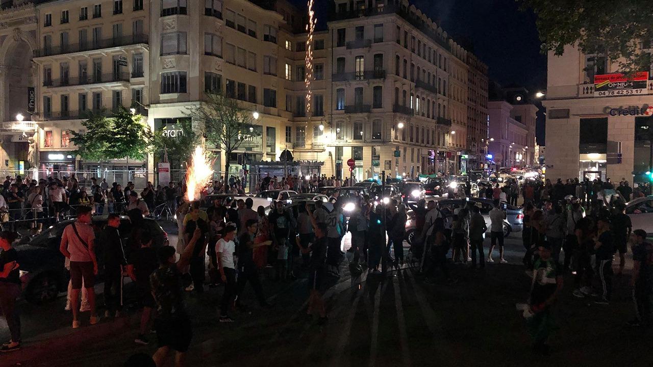 Lyon : débordements après la victoire de l'Algérie