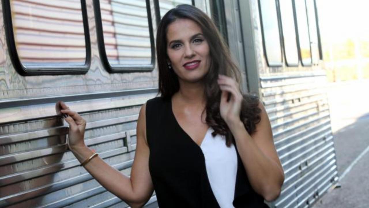 Le craquage d'Elisa Tovati dans un restaurant parisien (VIDEO)
