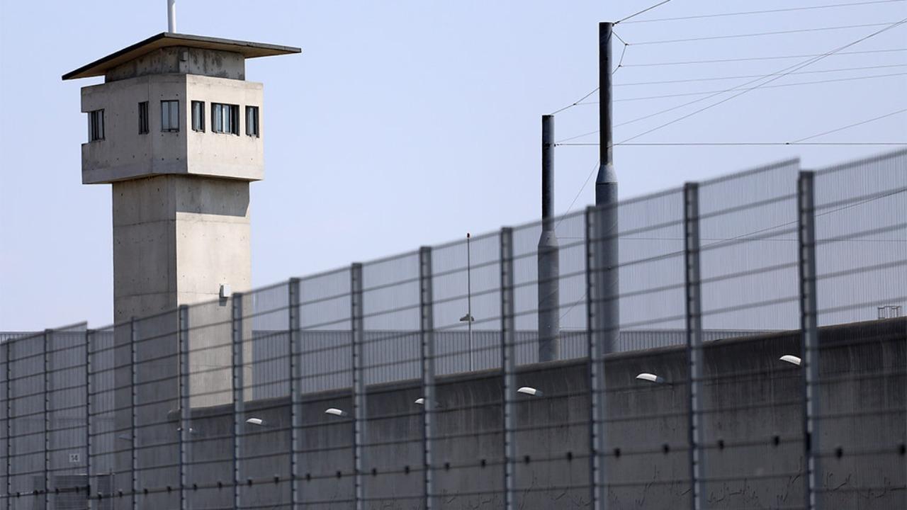 Lyon : il se suicide dans sa cellule