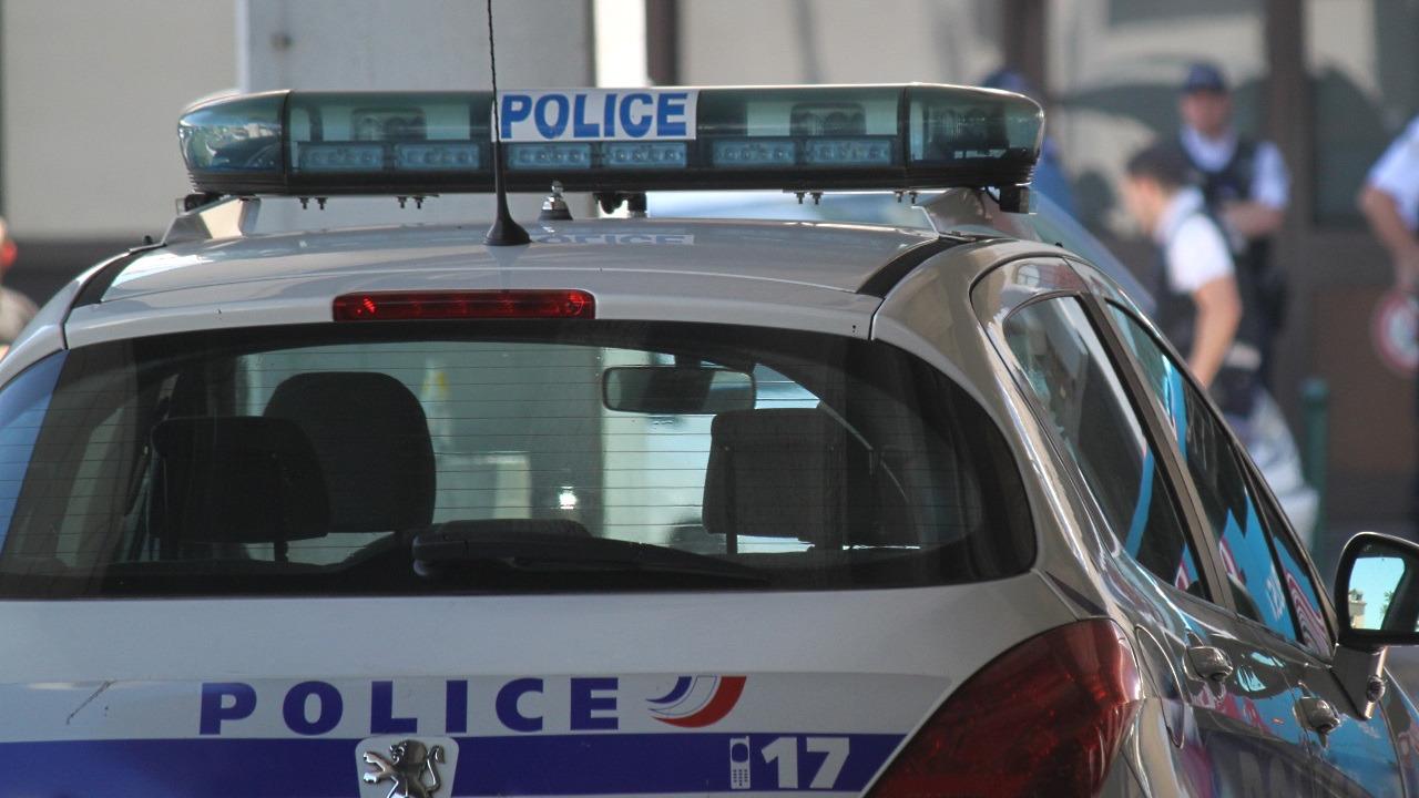 Lyon : le mariage tourne mal, la voiture de location percute des invités