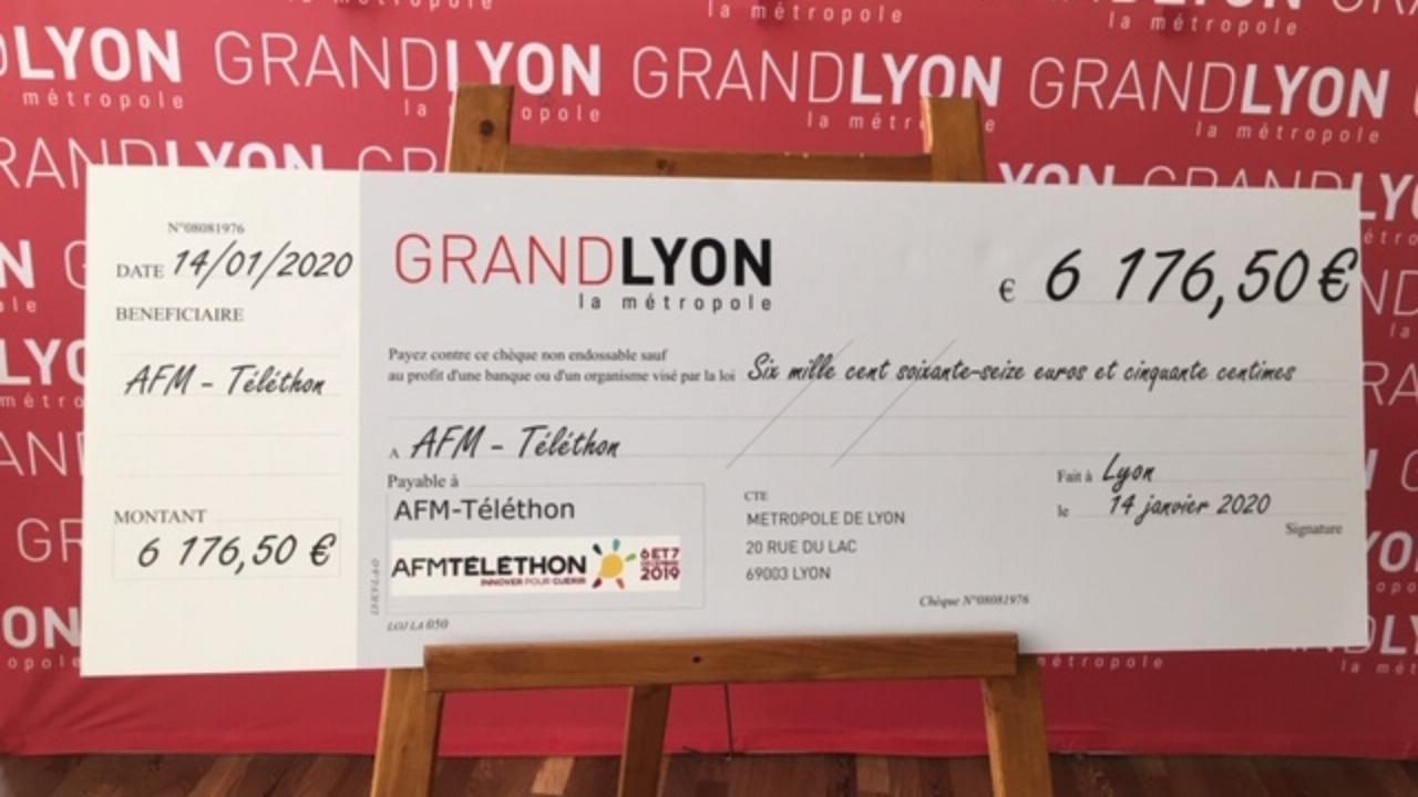6000 euros pour le Téléthon grâce au tri du papier dans la Métropole lyonnaise