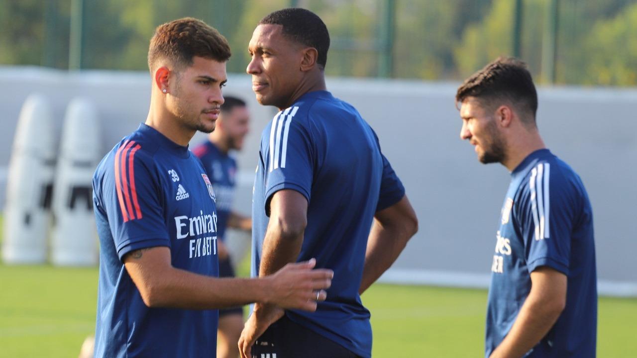 OL-Nîmes : les Lyonnais n'y arrivent pas (0-0)