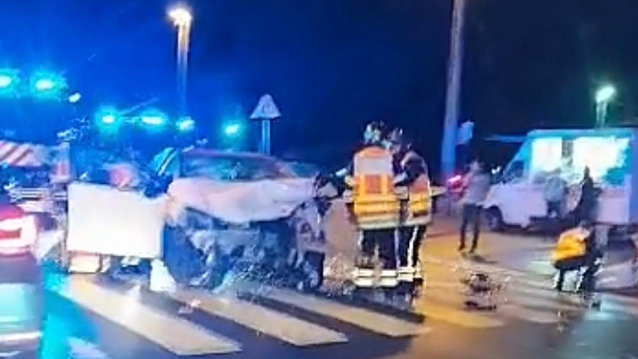 Lyon : trois blessés dont un grave dans une violente collision