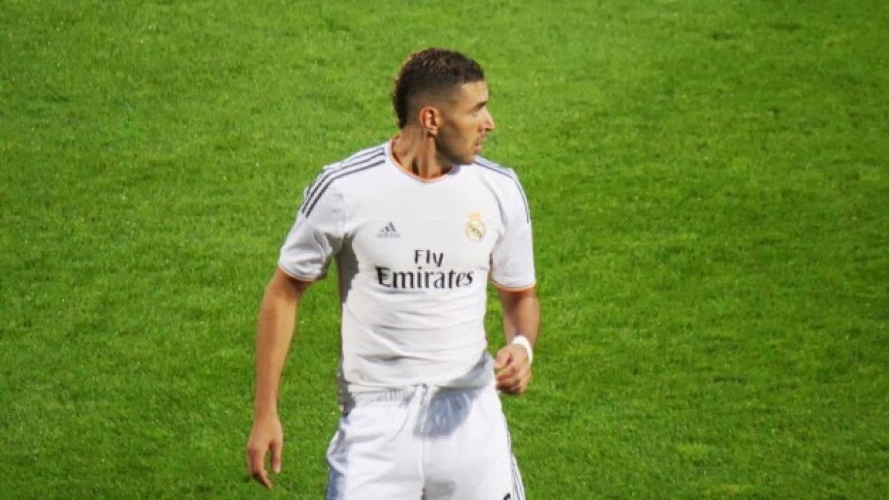 Karim Benzema prlongera en août — Real Madrid