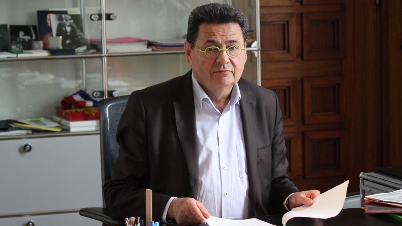 Jean-Paul Bret, maire de Villeurbanne, révèle être atteint d'un cancer