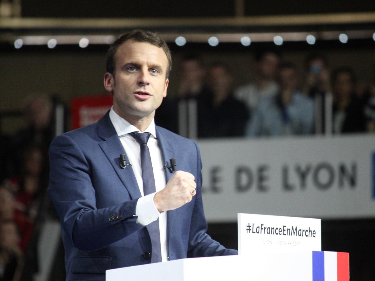 À Craponne, Macron et Fillon dans un mouchoir de poche (officiel) — Présidentielle