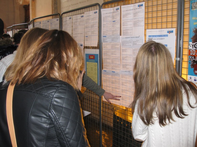 Lyon : plus de 2.500 offres d'emplois au forum Job d'Été le 5 avril