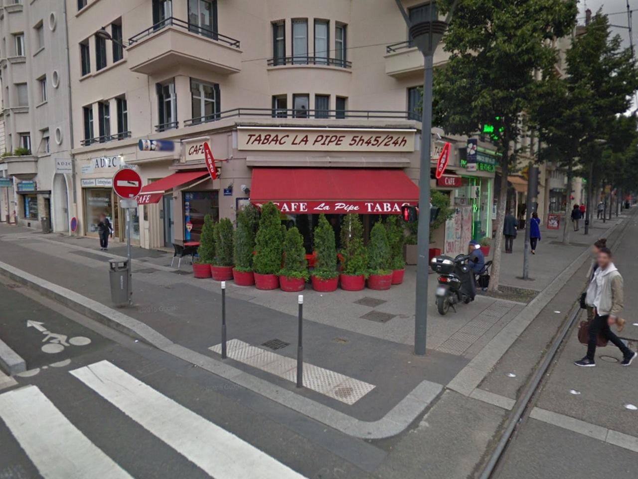 Lyon : le bar-tabac La Pipe racheté via une opération de crowdfunding