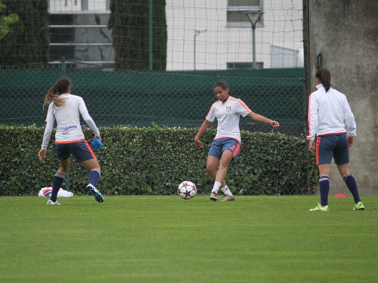 Ligue des champions dames : face à City, Lyon prend une option
