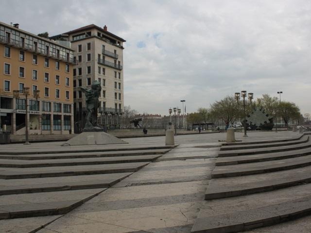 Lyon les secours catholique caritas de france et du rh ne organisent une jo - Secours catholique lyon ...