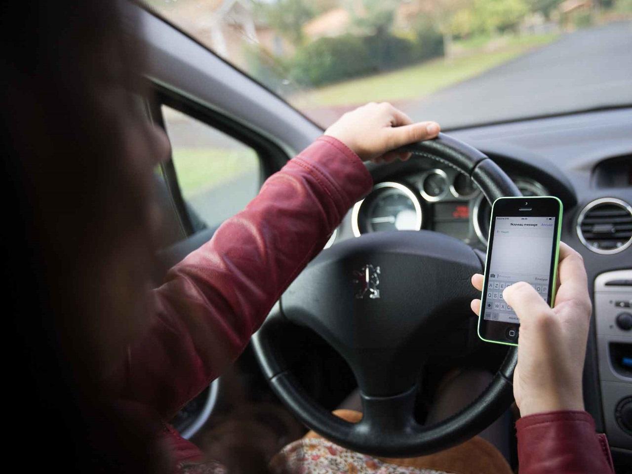 Les mauvaises habitudes des automobilistes d'Auvergne-Rhône-Alpes en hausse !