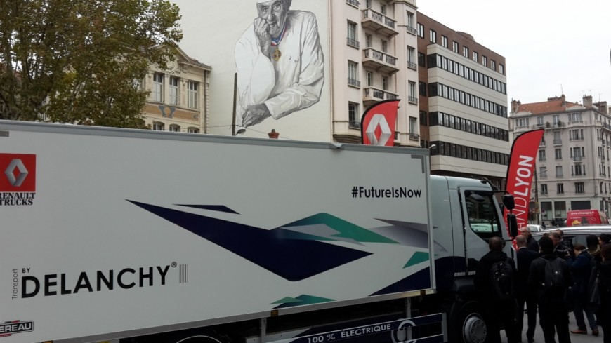 Un camion 100% électrique pour livrer les Halles Paul Bocuse