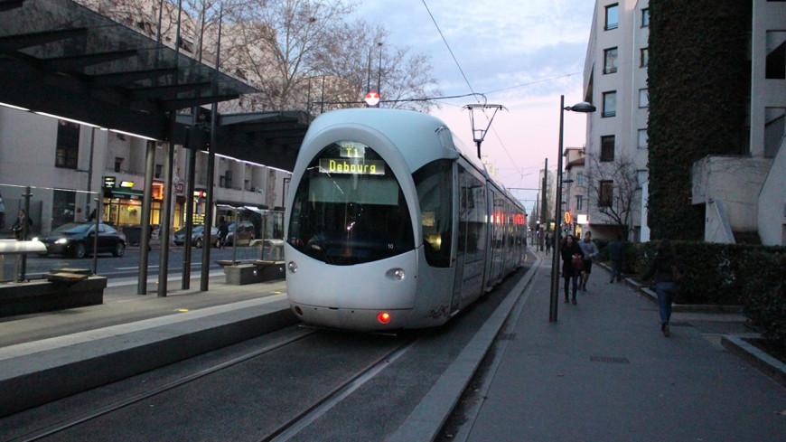 Le T1 perturbé à Lyon après la rupture d'une canalisation