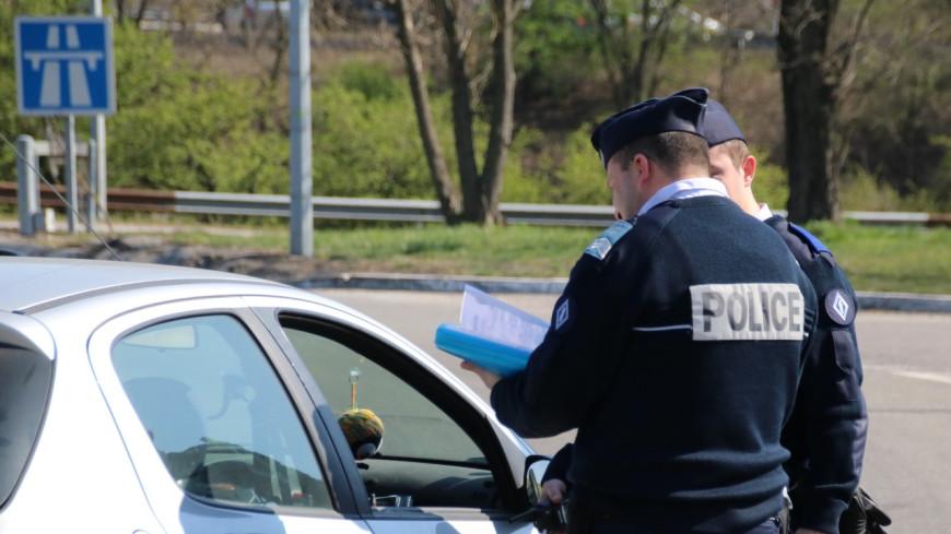 Vénissieux : Un adolescent mineur conduit une voiture transportant une moto volée.