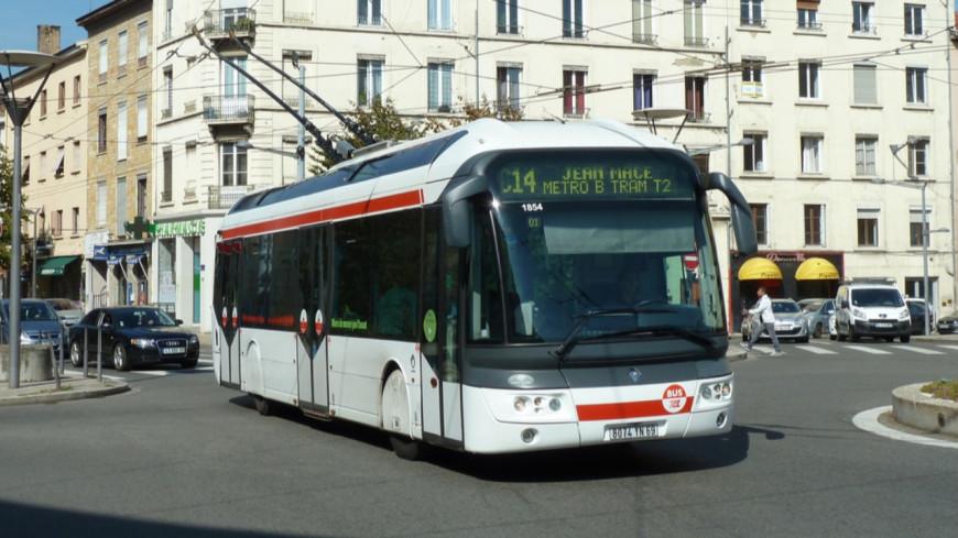 TCL : Des arrêts à la demande à Lyon pour lutter contre l'insécurité la nuit.