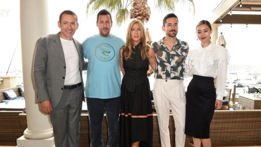 Quand Jennifer Aniston, Adam Sandler et Dany Boon s'offrent un record sur Netflix