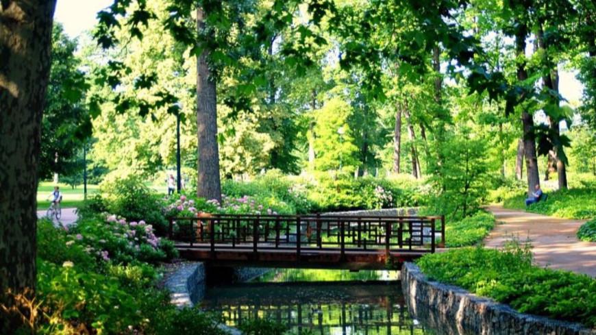 Les parcs de Lyon ouverts dès 6h30 pendant tout l'été