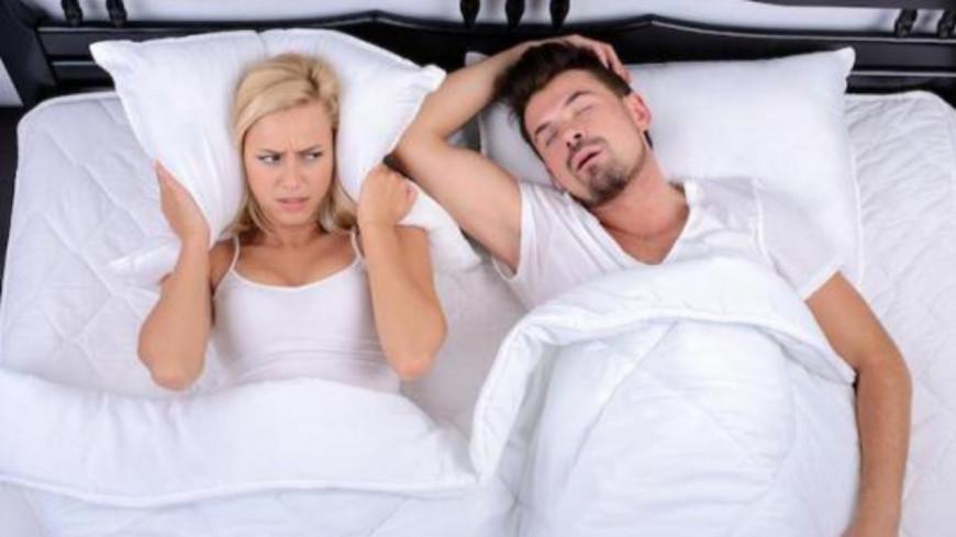 Dormir avec une personne qui ronfle réduirait l'espérance de vie