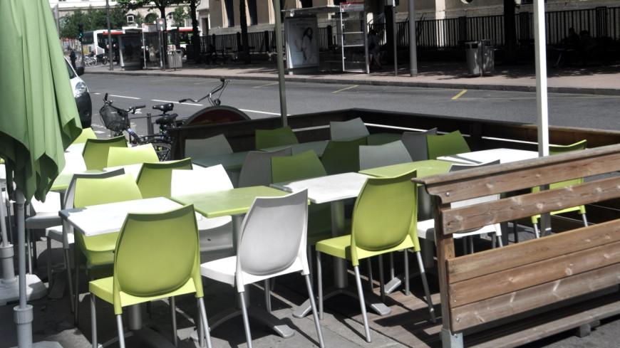 Lyon : les terrasses des restaurants prolongées jusqu'au printemps
