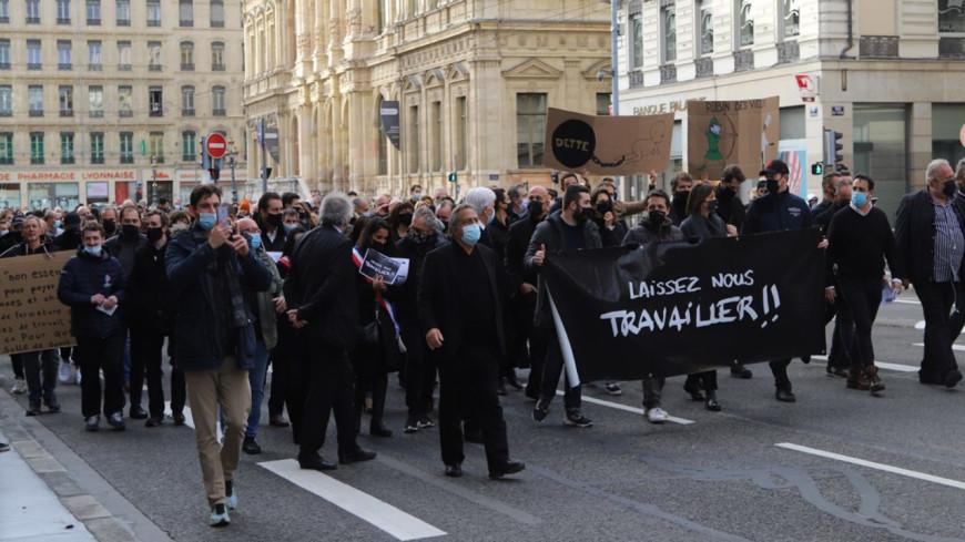 Lyon : un rassemblement en bleu, blanc, rouge pour les indépendants ce lundi