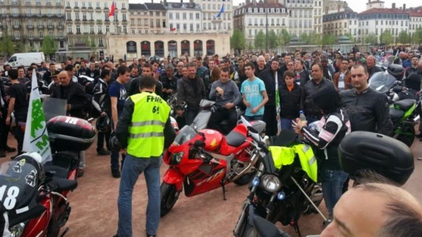 Lyon : manifestation des motards ce samedi pour demander la légalisation de la circulation inter-files