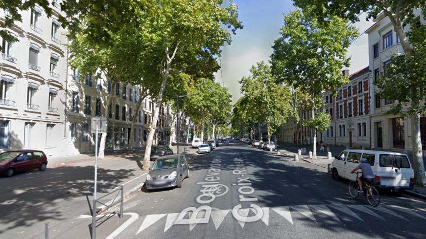Lyon : le stationnement ne sera plus toléré sur les trottoirs du boulevard de la Croix-Rousse !