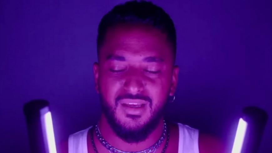 """Slimane reprend le titre le Louane """"Si tétais là"""" (vidéo)"""