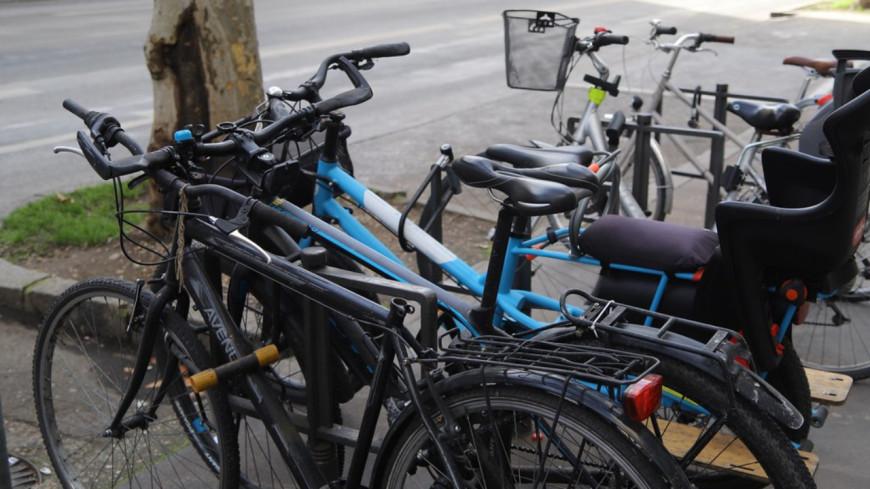 De nouvelles places de stationnement sécurisé pour les vélos dans les parkings à Lyon