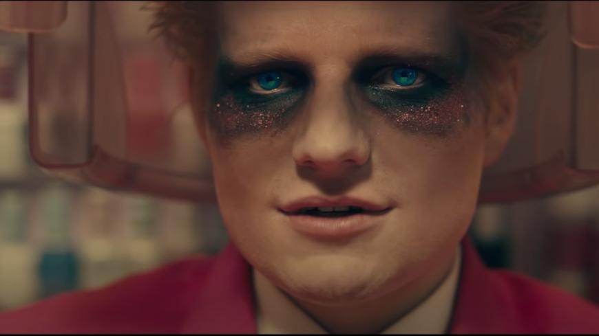 """Ed Sheeran partage son nouveau single, """"Bad Habits"""" (vidéo)"""