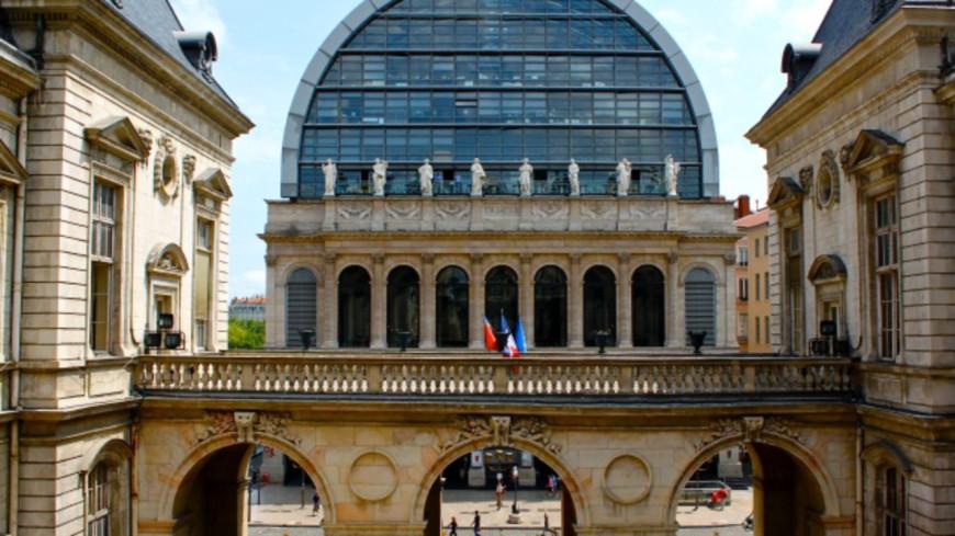 Une grève des agents de la Ville de Lyon à la rentrée ?