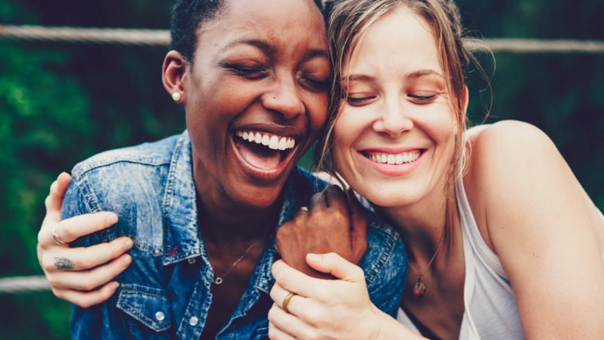 La science le dit : le coup de foudre amical existe réellement !