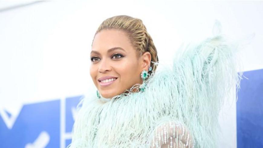 Beyoncé remporte le Peabody Award avec « Lemonade » !