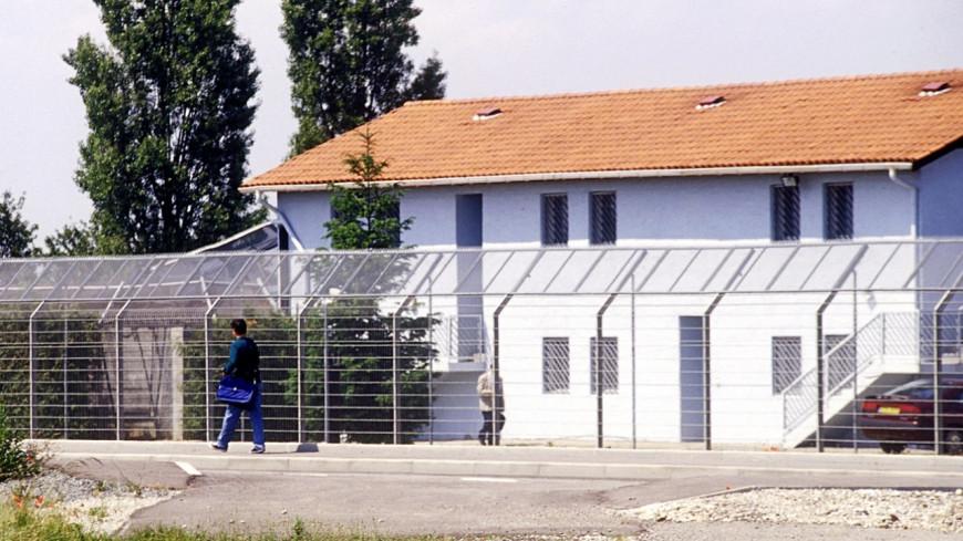 Un Algérien condamné après avoir tenté de s'évader du centre de rétention de Lyon