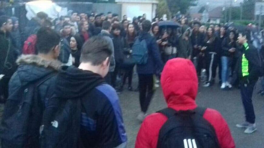 Rhône : Plusieurs lycées bloqués ce vendredi matin.