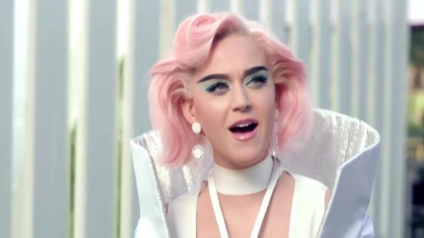 Bienvenue dans les coulisses du dernier clip avec Katy Perry