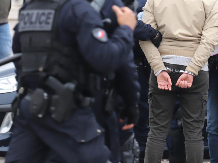 Saint-Priest : violent règlement de comptes entre lycéens