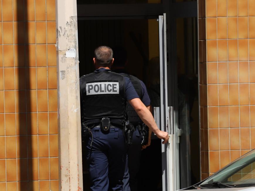 Vaulx-en-Velin : à 16 ans, ils extorquent et séquestrent un jeune homme