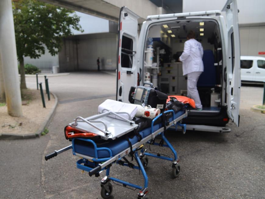 Hospitalisé à Lyon après avoir été blessé au couteau par 4 hommes