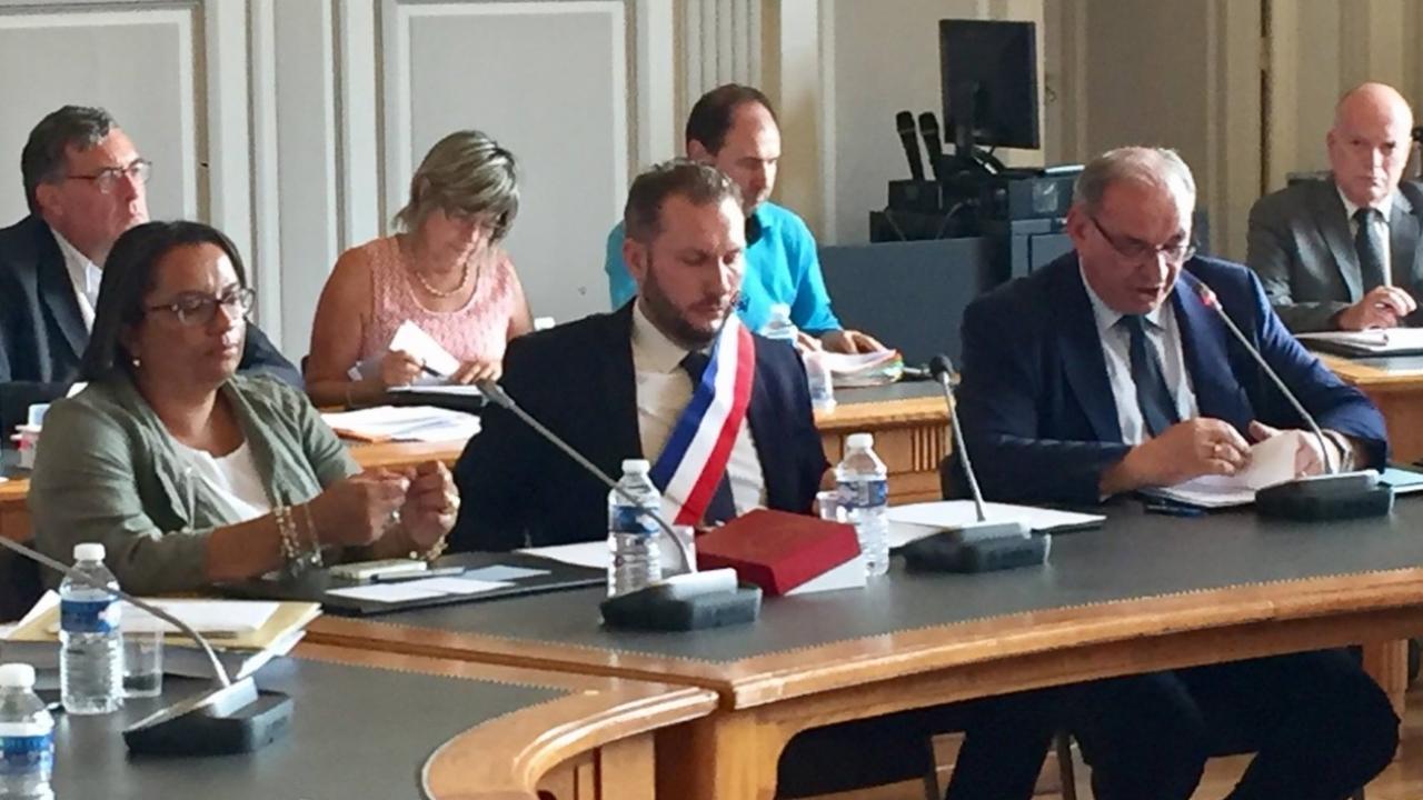 Thomas ravier nouveau maire de villefranche sur sa ne - Meteo villefranche sur saone ...