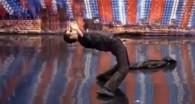 Incroyable talent : il reproduit Matrix sur scène !