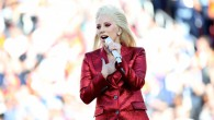 Lady Gaga ouvre le Super Bowl avec l'hymne américain !